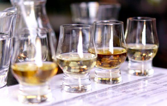 Gaaf idee Een whiskybar op jullie bruiloft