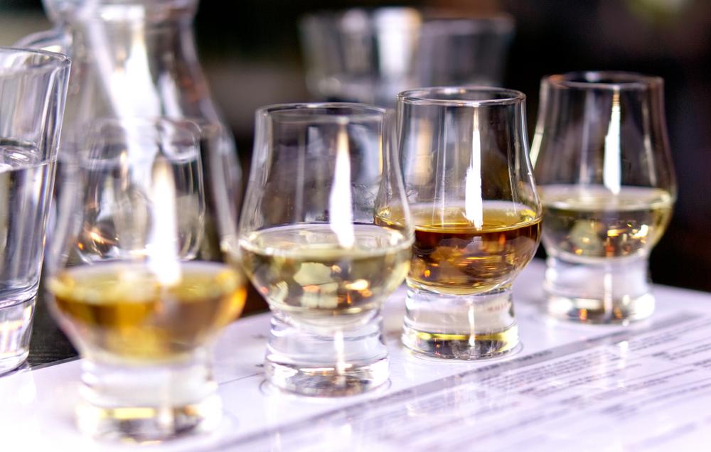 Gaaf idee: Een whiskybar op jullie bruiloft